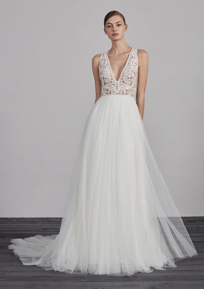 Hochzeits- und Brautkleider